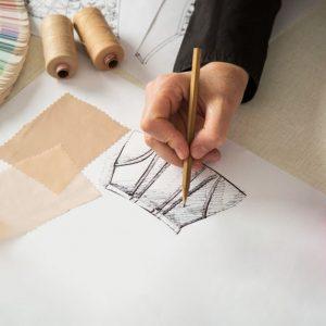 Senior-designer-300x300 Dịch vụ thiết kế theo yêu cầu    Manage.vn