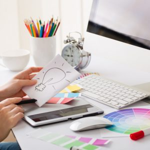 desktop-and-design-graphic-designer-desk-idea-300x300 Dịch vụ thiết kế theo yêu cầu    Manage.vn